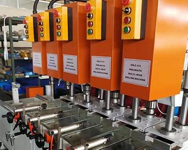 成型机机械自动化领跑卫浴行业